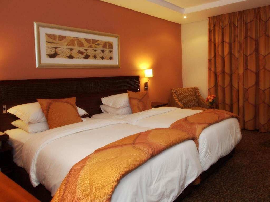 Tempat Tidur Double City Lodge Hotel Hatfield Pretoria
