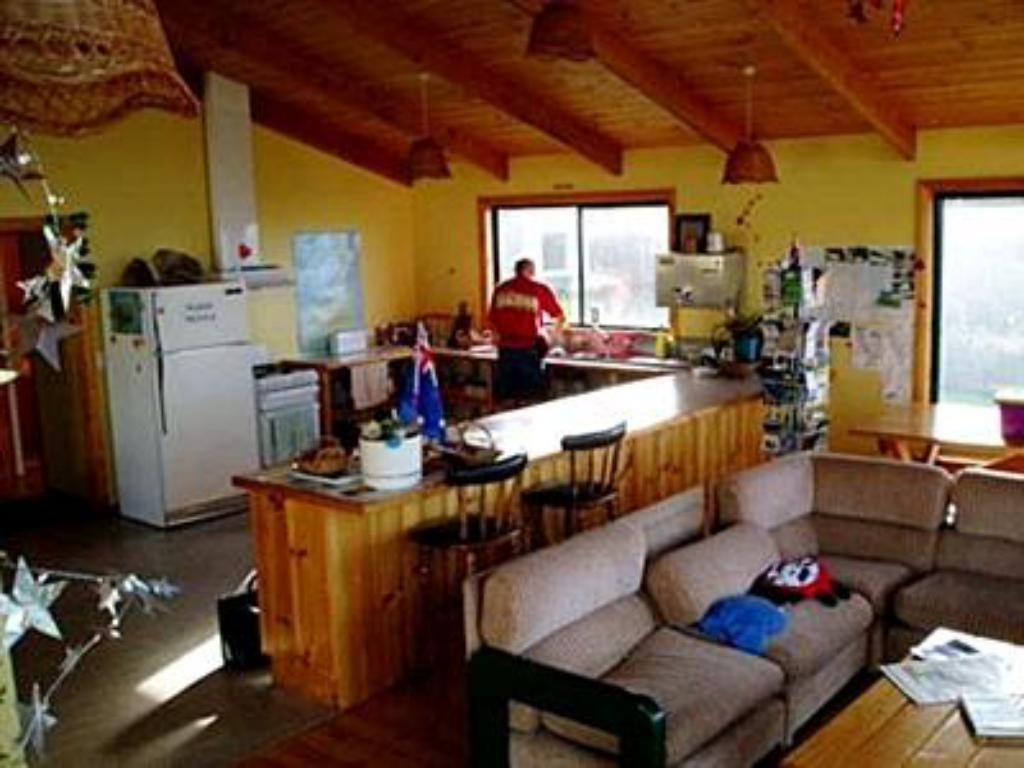Interior view Bridport Seaside Lodge Backpackers