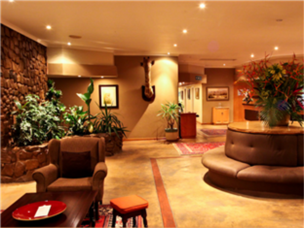 Lobby Hotel Numbi and Garden Suites