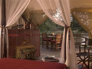 Riverside Tent con Pensión Completa y 2 Safaris diariamente (Riverside Tent Full Board and 2 daily Game Drives)