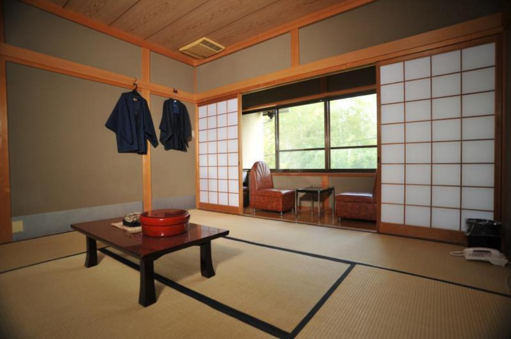 Japanese Room with Bathroom (Small) Japanese Garden Ryokan Yamazaki