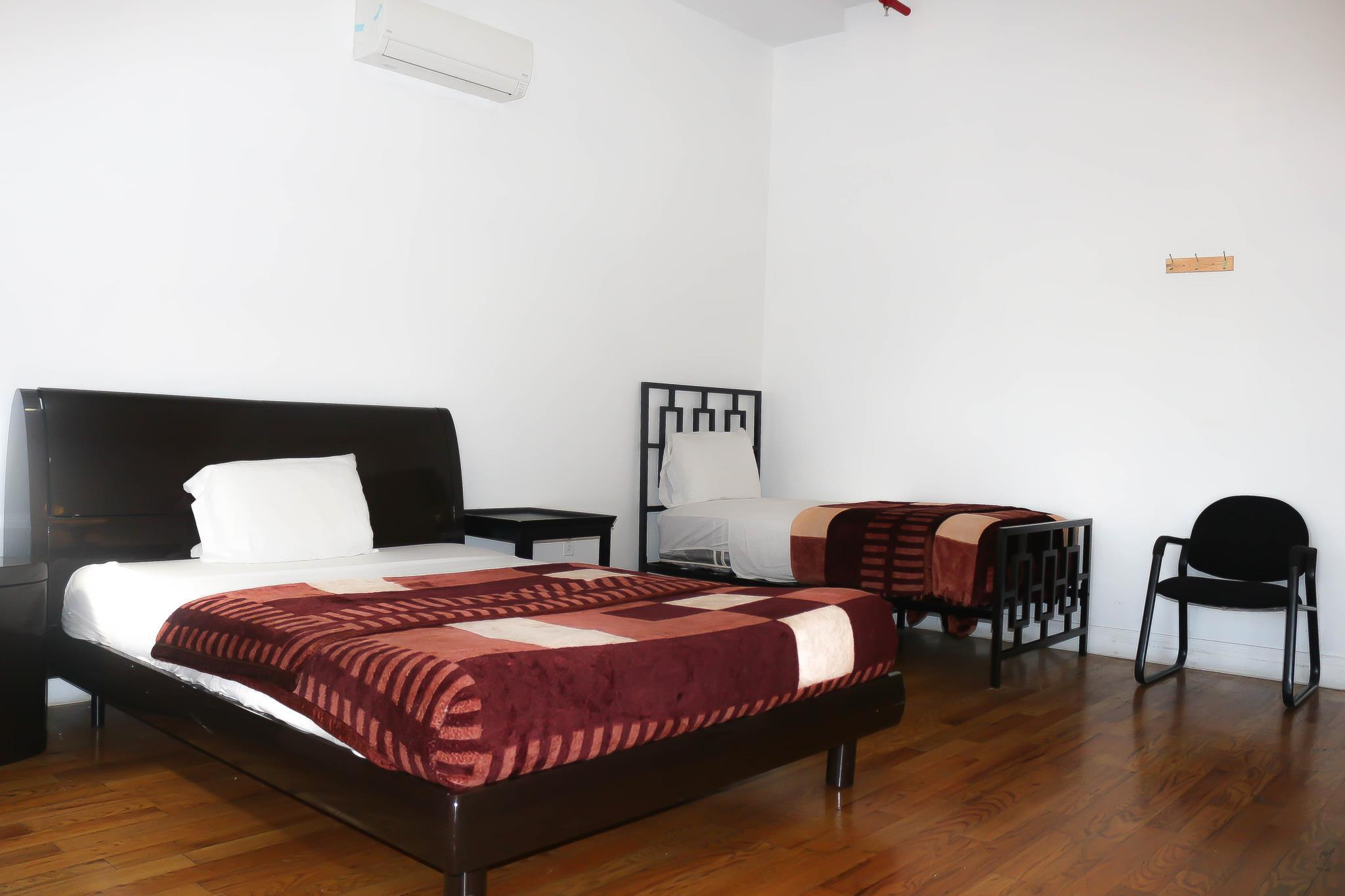 Single Bed in 4 Mixed Dormitory Room