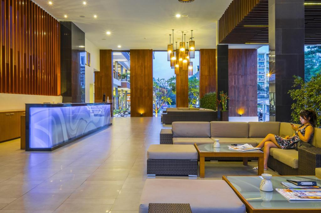 Lobby G Hua Hin Resort & Mall