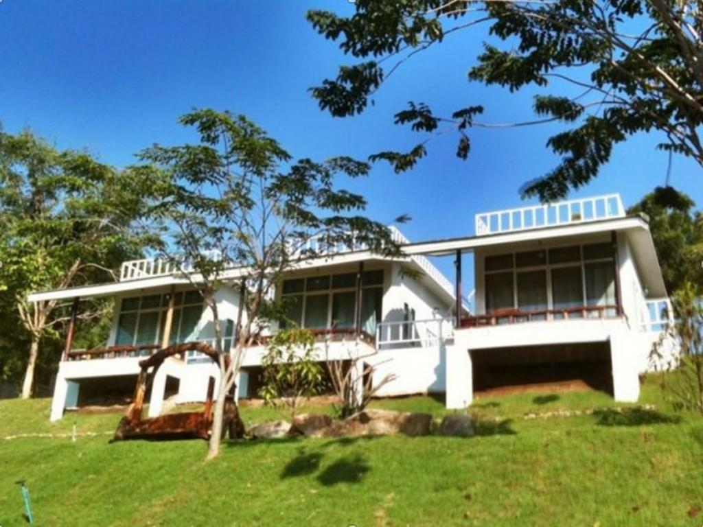 More about Chom Kwai Lae Dao Resort