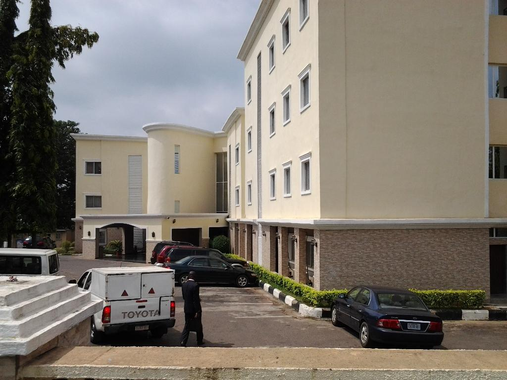 Thornberry Savannah Suites Hotel