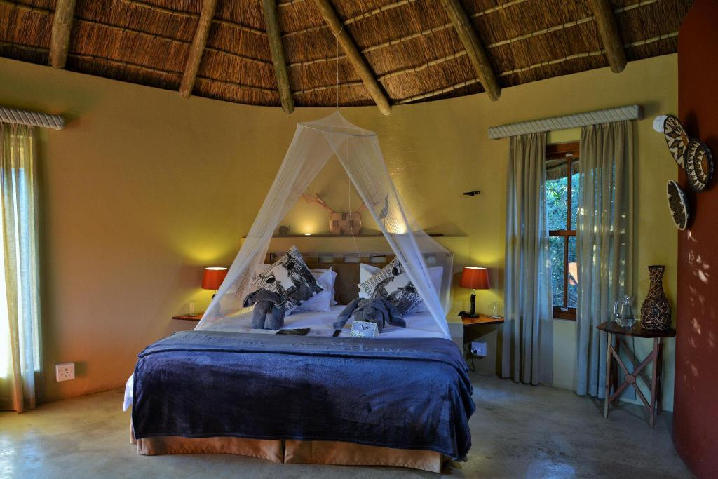 Quarto Lodge - Cama Sibuya Game Reserve and Lodge