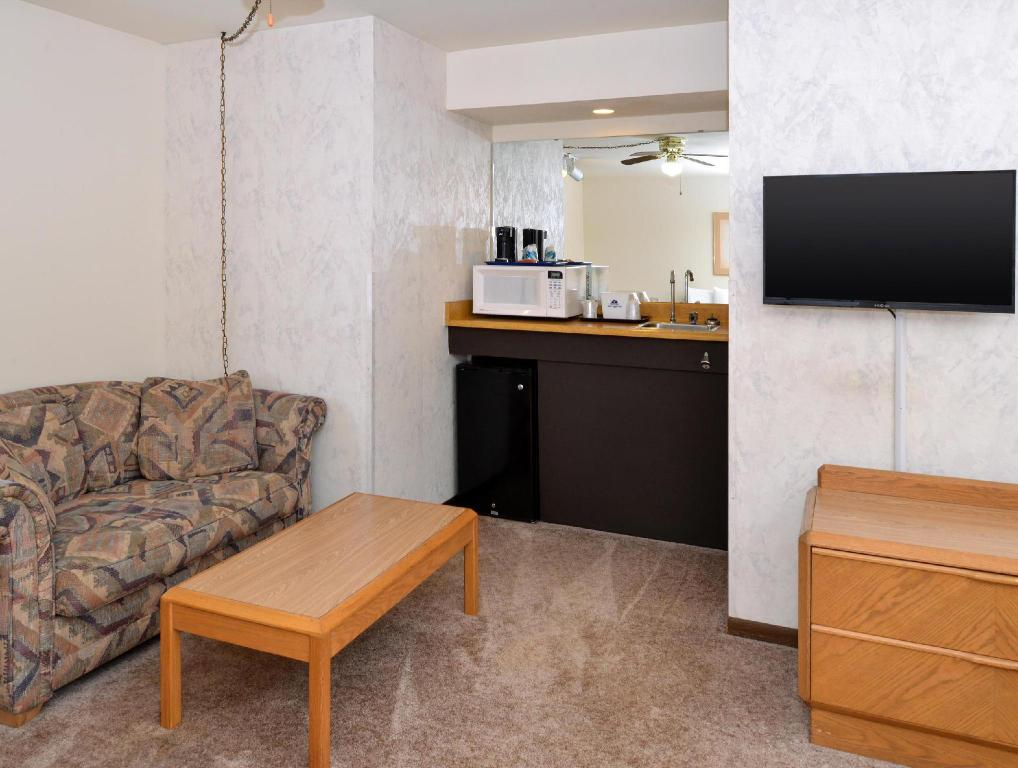 Hotellet indefra Americas Best Value Inn  - La Crosse, WI