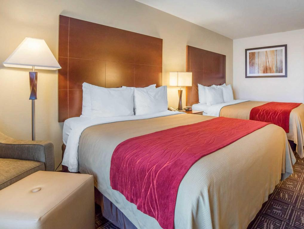 Queen Room with Two Queen Beds - Non-Smoking Comfort Inn & Suites Tooele-Salt Lake City