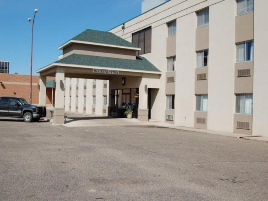 More about Econo Lodge Hotel & Conference Center Pierre