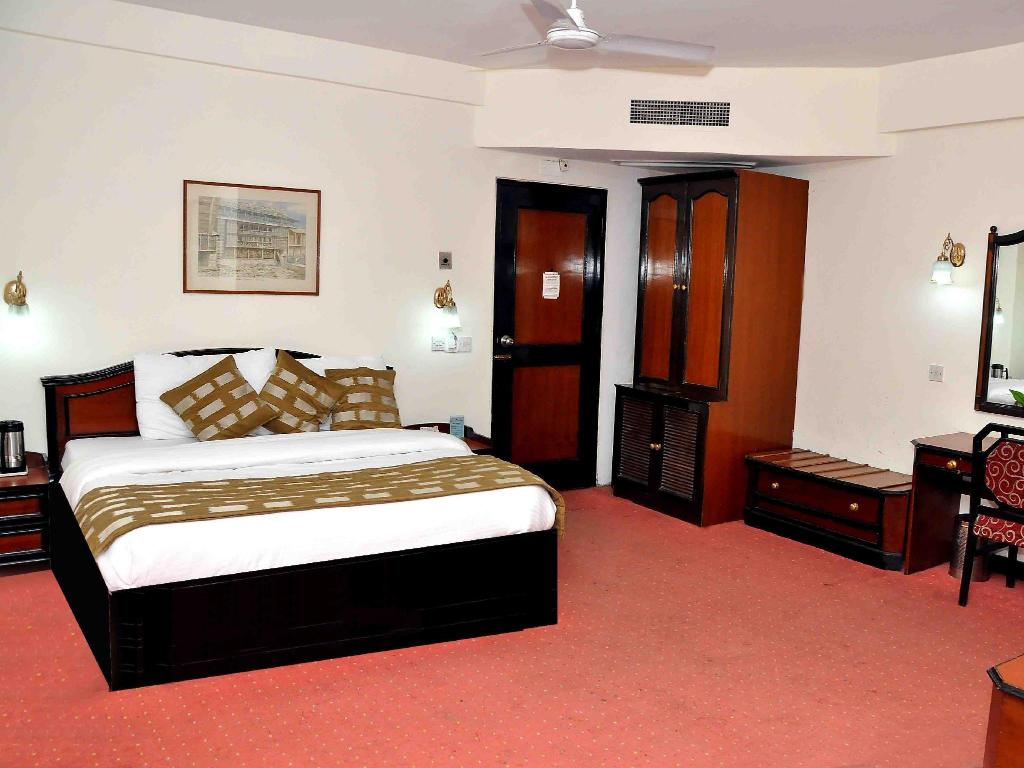 Double Deluxe Room - Guestroom Hotel Asia The Dawn