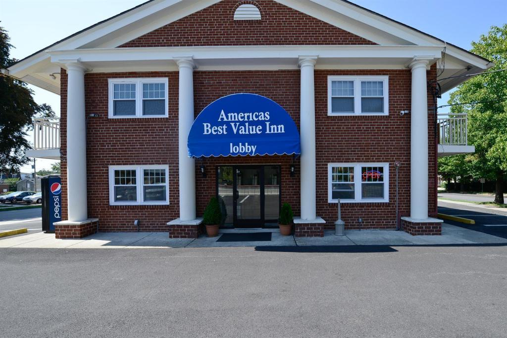 Americas Best Value Inn - Norristown, PA