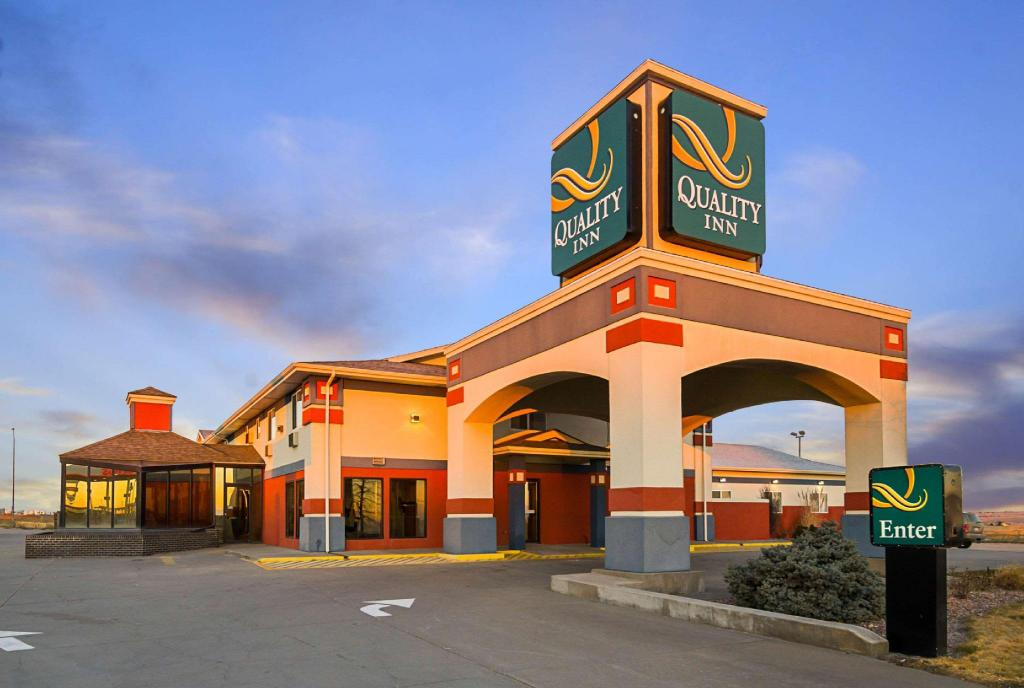 More about Quality Inn Sidney I-80