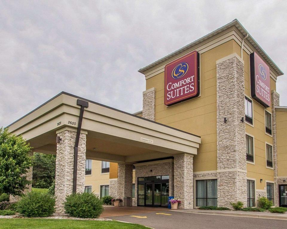 More about Comfort Suites Hudson I-94