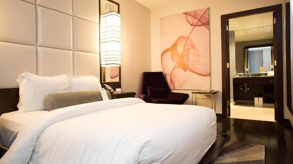 Queen Studio - Guestroom IVY Boutique Hotel Chicago