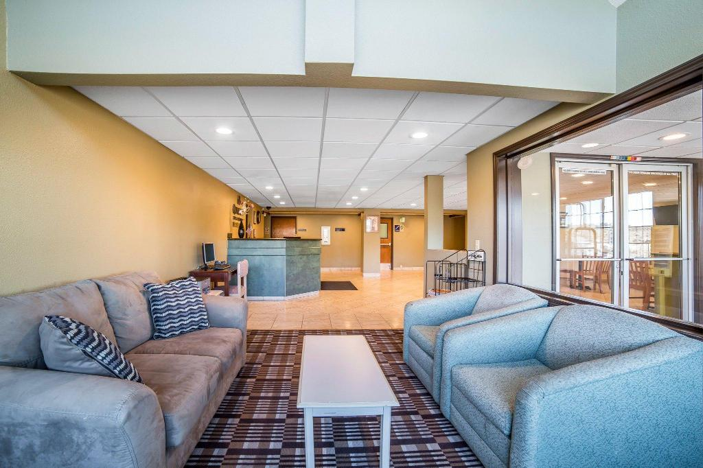 Lobby Quality Inn and Suites Elko Elko
