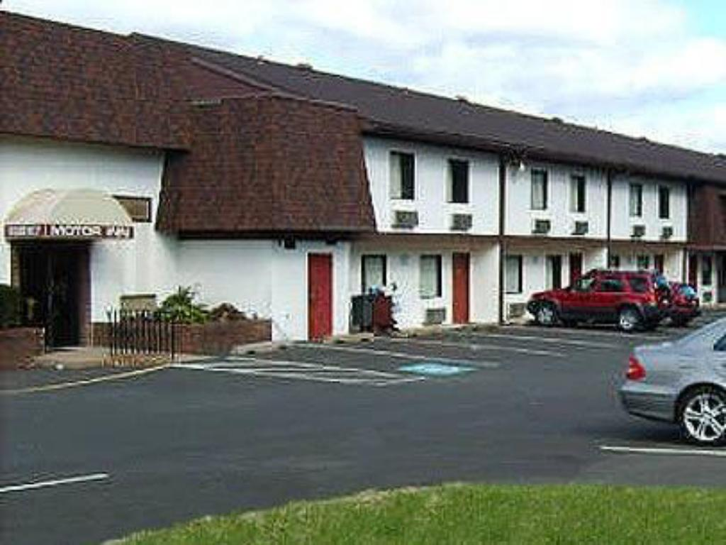 Exterior View Motel 6 Warminster