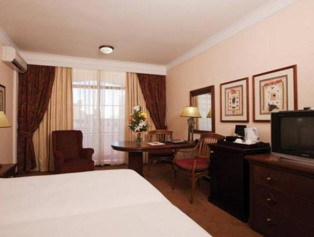 Superior Double/Twin Room Capetonian