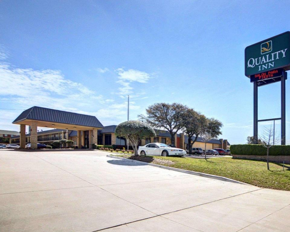 More about Quality Inn McKinney
