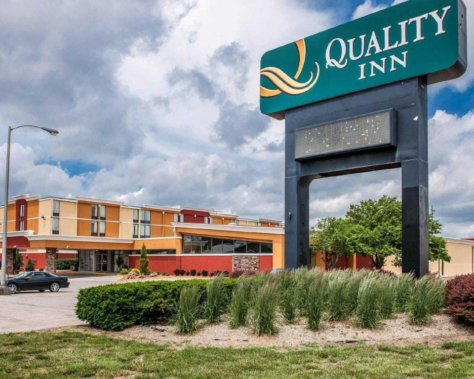 Quality Inn Terre Haute University Area