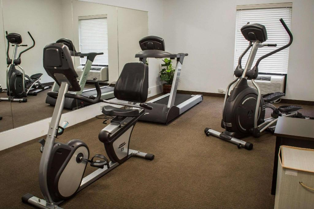 Fitness center Sleep Inn & Suites Harbour Pointe