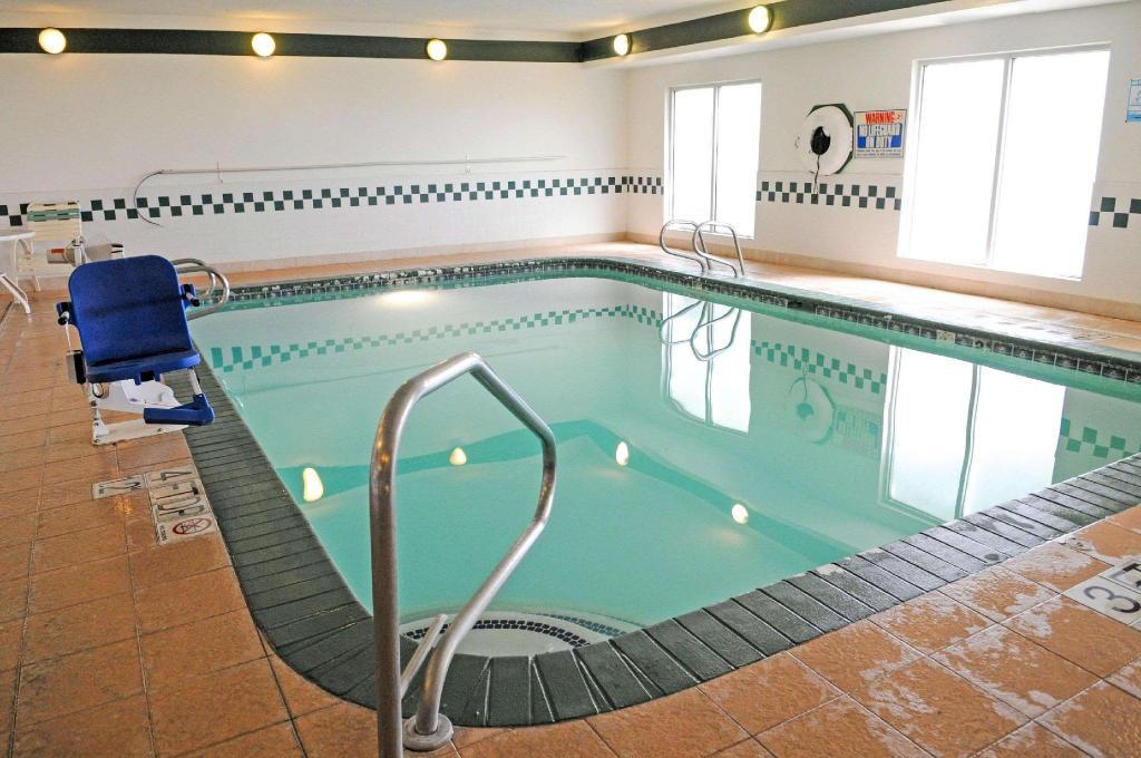 Comfort Inn And Suites North Albuquerque In Albuquerque Nm Room Deals Photos Reviews