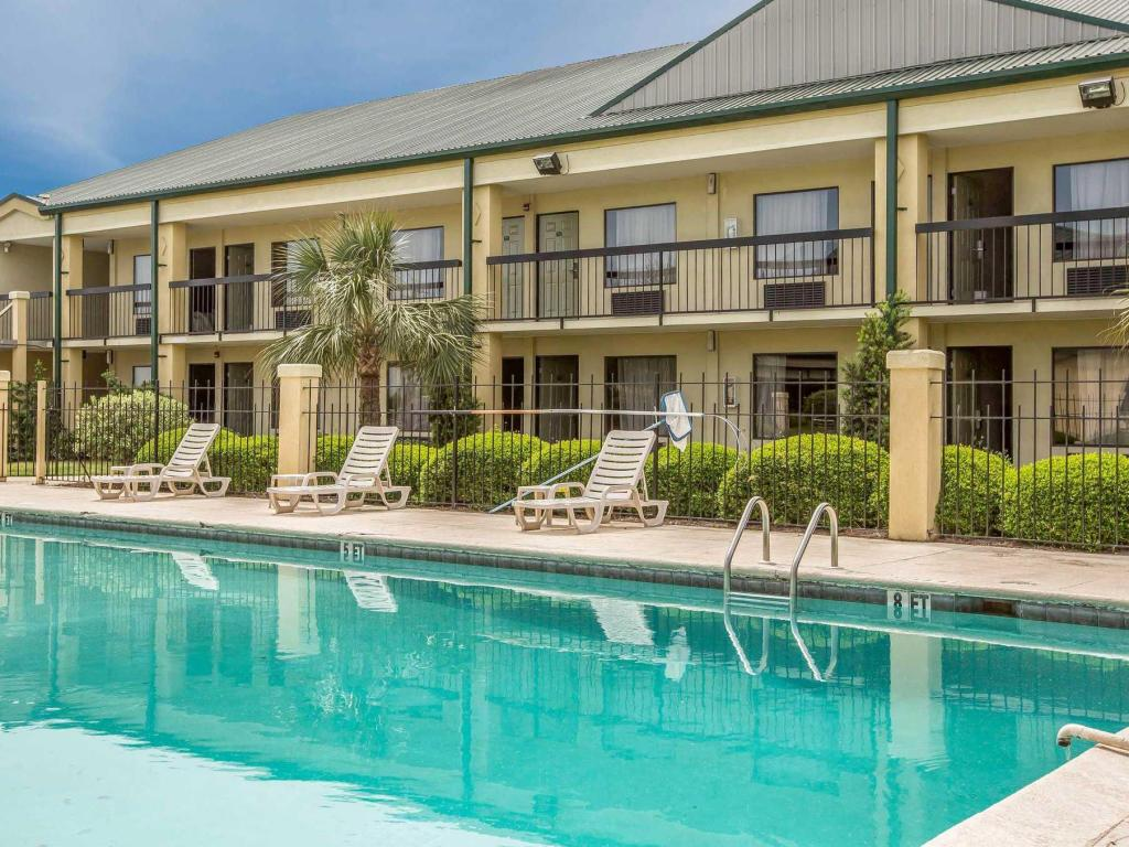 best price on quality inn suites in eufaula al reviews. Black Bedroom Furniture Sets. Home Design Ideas