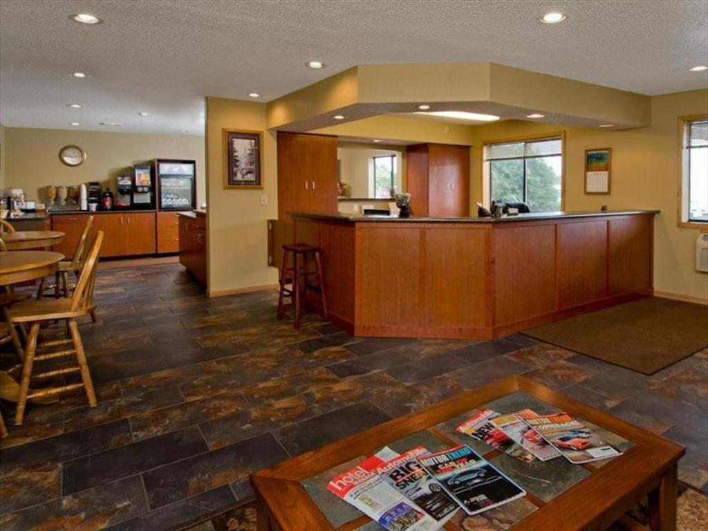 Americas Best Value Inn Park Falls Best Price On Americas Best Value Inn And Suites International