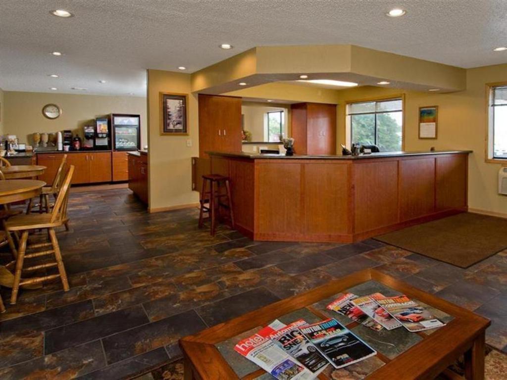 Americas Best Value Inn And Suites International Falls Best Price On Americas Best Value Inn And Suites International