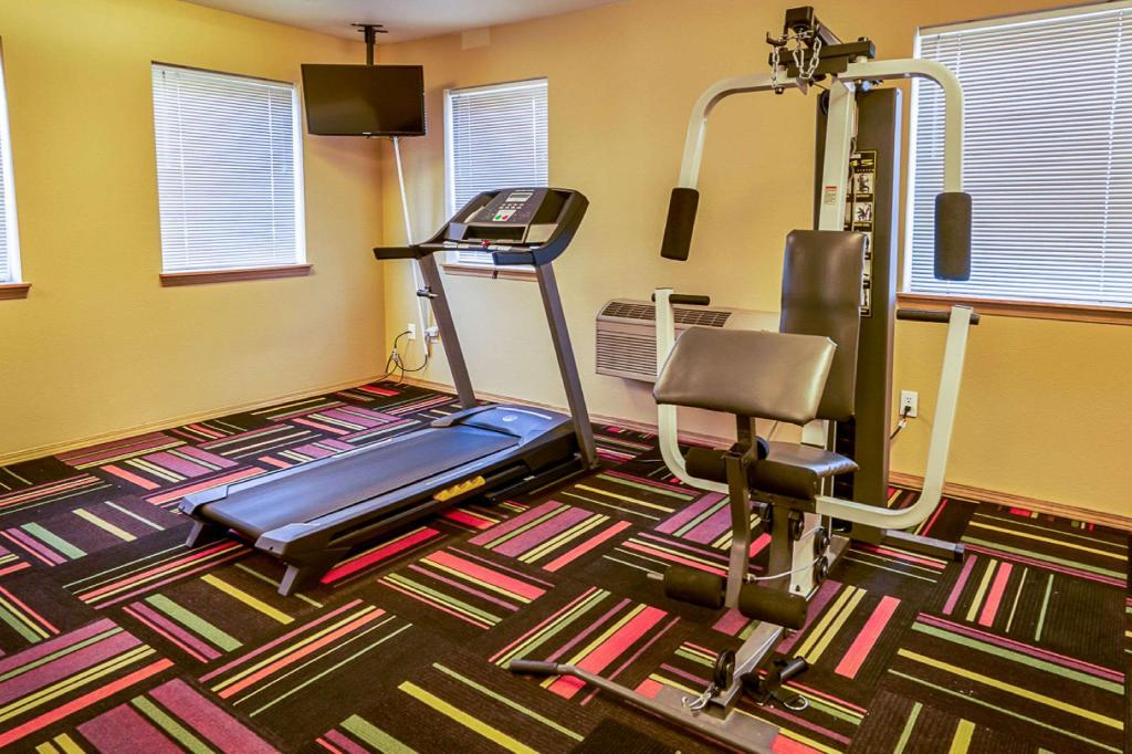 Fitness center Econo Lodge