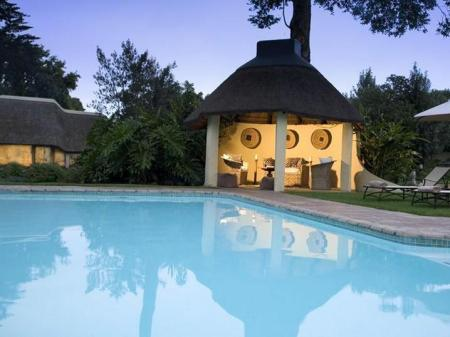 Swimming pool Hunters Country House