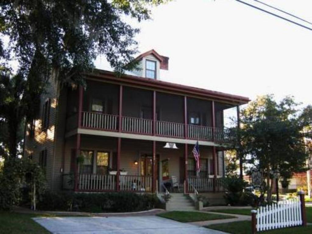More about River Park Inn - Green Cove Springs