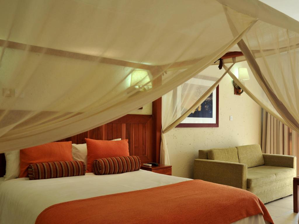 See all 60 photos Cresta Mowana Safari Resort & Spa