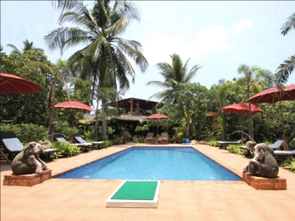 Swimming pool [outdoor] PP.Land Beach Eco Resort - Adults Only