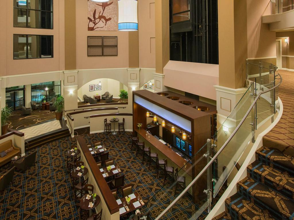Lobby Sheraton Wilmington South Hotel