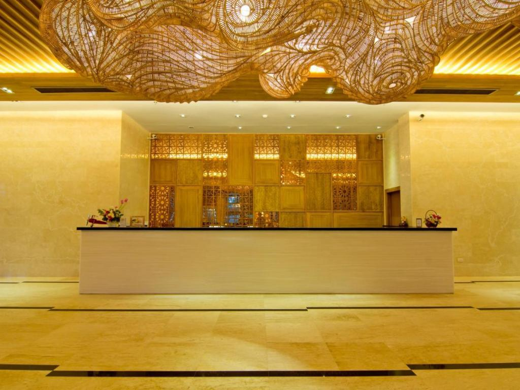 Lobby Welcome World Beach Resort & Spa