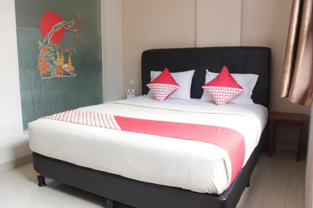 More about OYO 173 Asoka Hotel