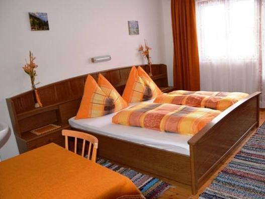 Doppia con Bagno in Comune (Double Room with Shared Bathroom)