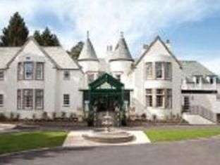The Cairn Lodge & Hotel