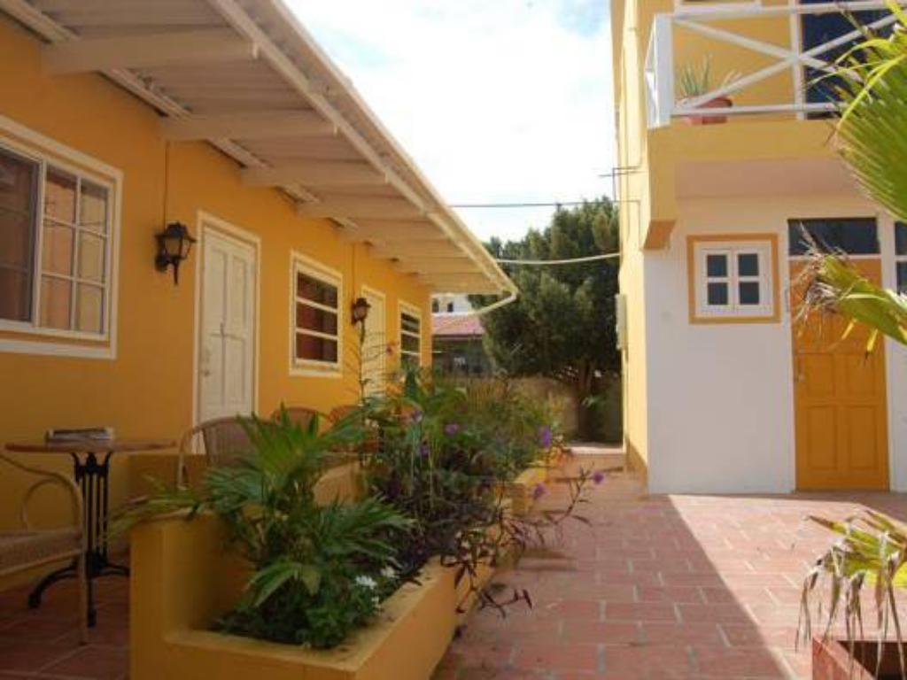 The dive hut in kralendijk room deals photos reviews - The dive hut bonaire ...