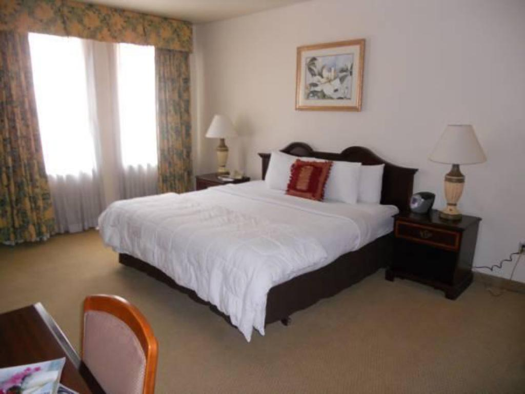 Best Price On Redmont Hotel Birmingham Curio Collection By Hilton In