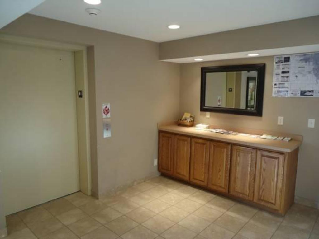stay view hotel deals in downtown interior lincoln ne townhouse us extended room