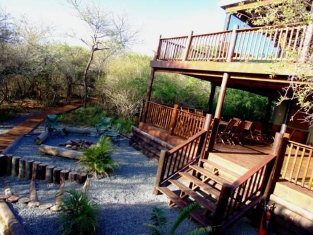 More about Umkhumbi Lodge