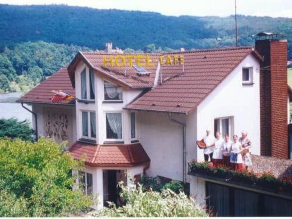 singles neckarsteinach single wohnung schenefeld