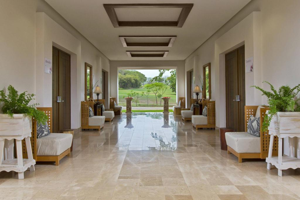 Interior view The Westin Golf Resort and Spa Playa Conchal