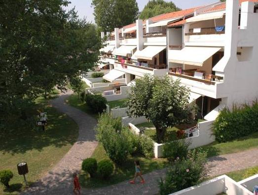 Appartamento con 1 Camera e Balcone (One-Bedroom Apartment with Balcony)