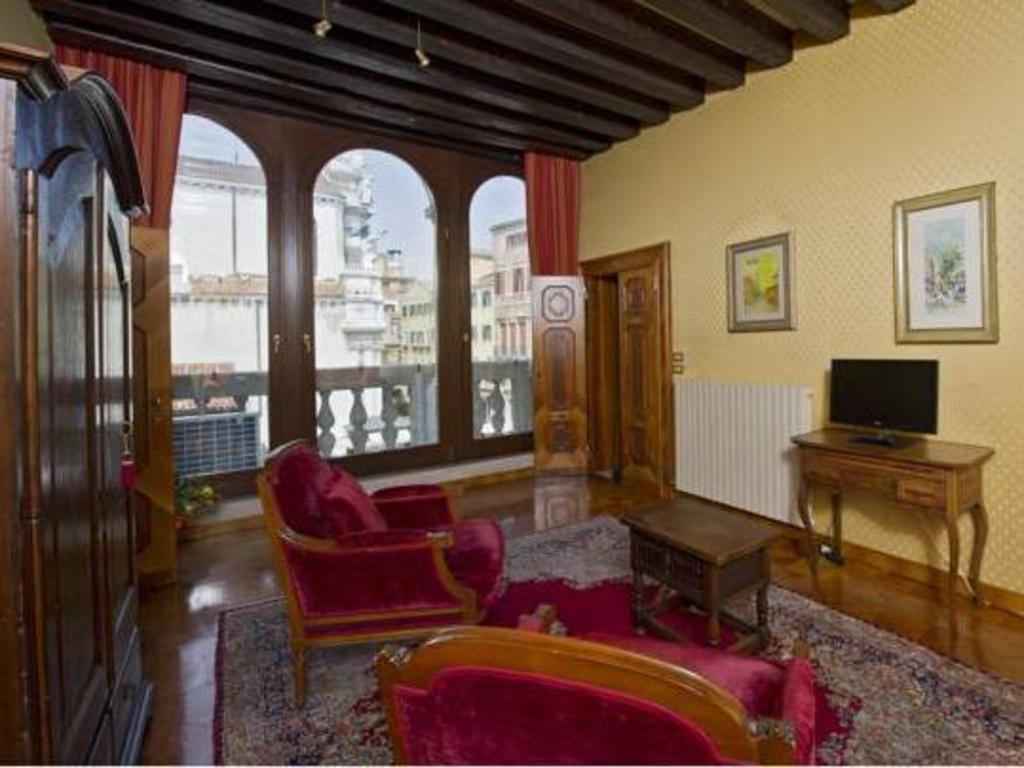 Vip Venice Apartments   Venice 2020 UPDATED DEALS, HD ...