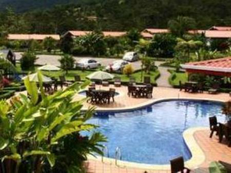 Swimming pool Volcano Lodge, Hotel & Thermal Experience