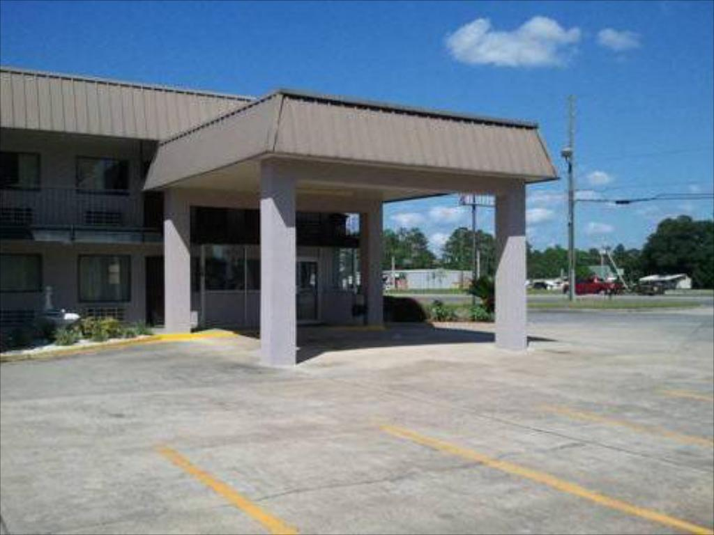 Western Motel - Jesup in Jesup (GA) - Room Deals, Photos