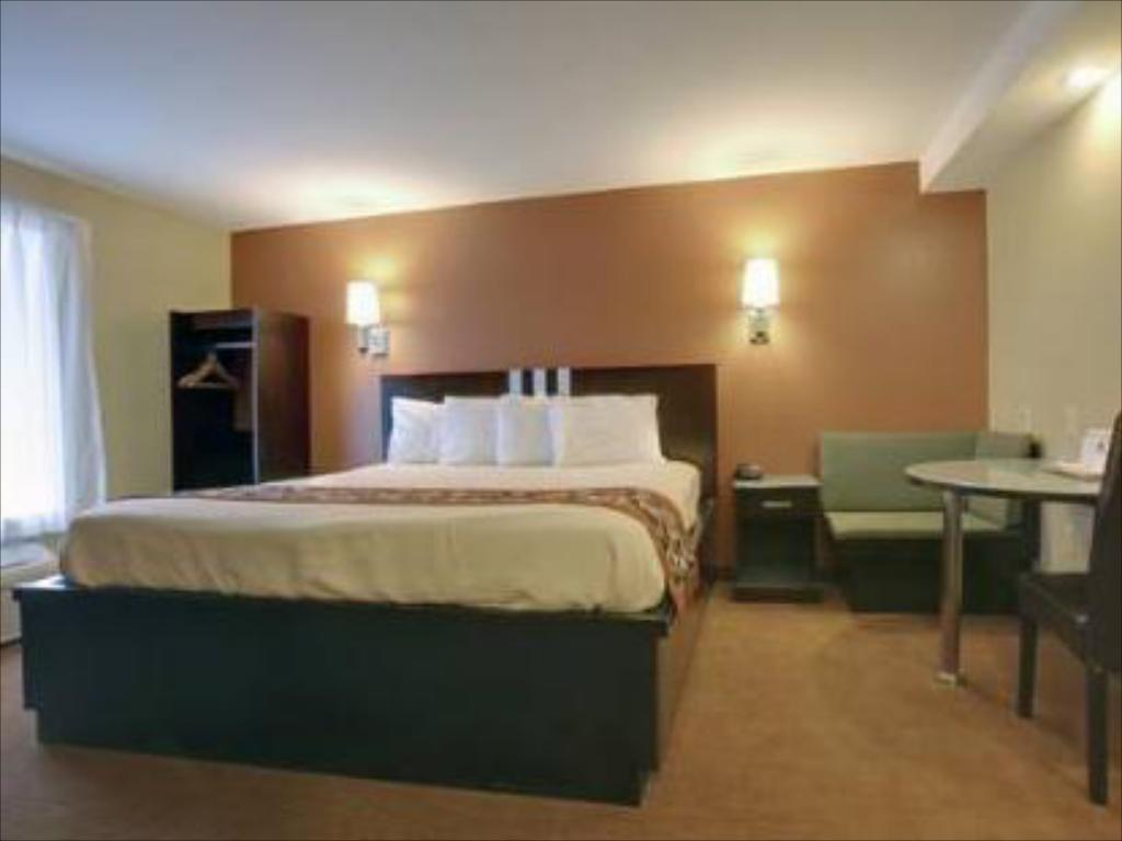 King Room Americas Best Value Inn Caldwell