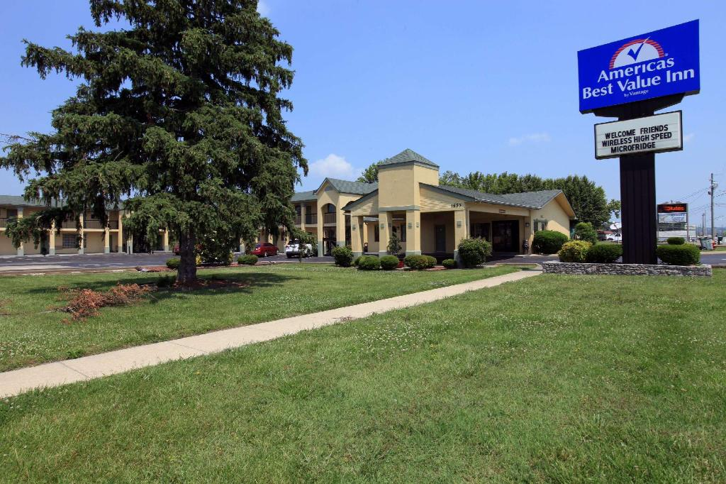 Americas Best Value Inn - Fayetteville, TN